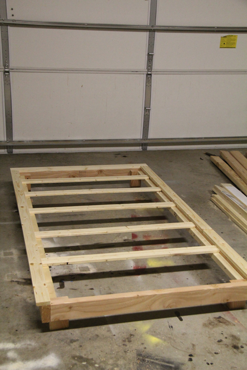 how to make a twin platform bed cheap | Quick Woodworking ...