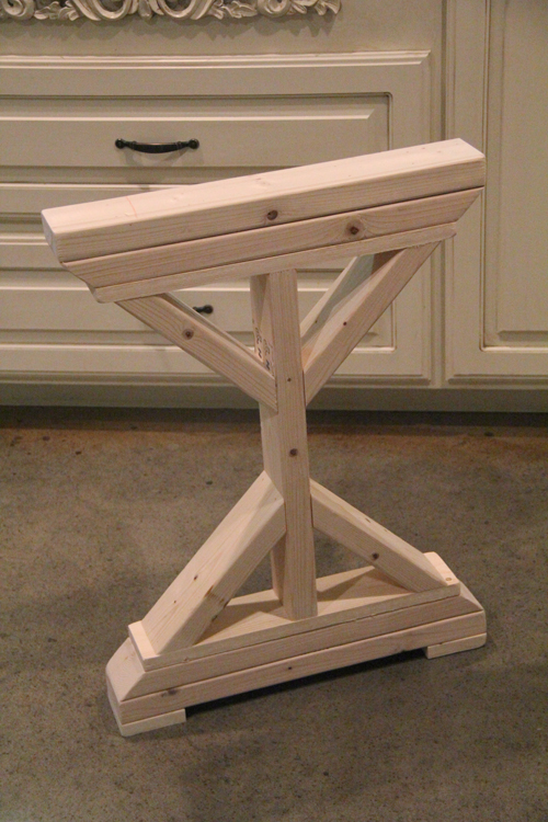 Diy desk for bedroom farmhouse style shanty 2 chic for Farmhouse table plans with x legs