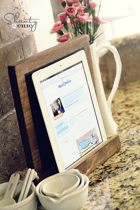 DIY Wood iPad Stand