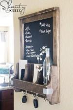 DIY Chalkboard and Key Hooks