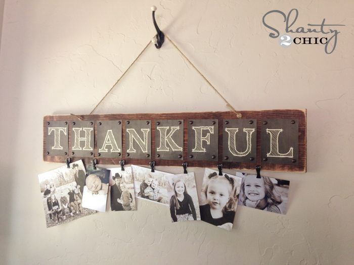 DIY Thankful Photo Board with Free Printables