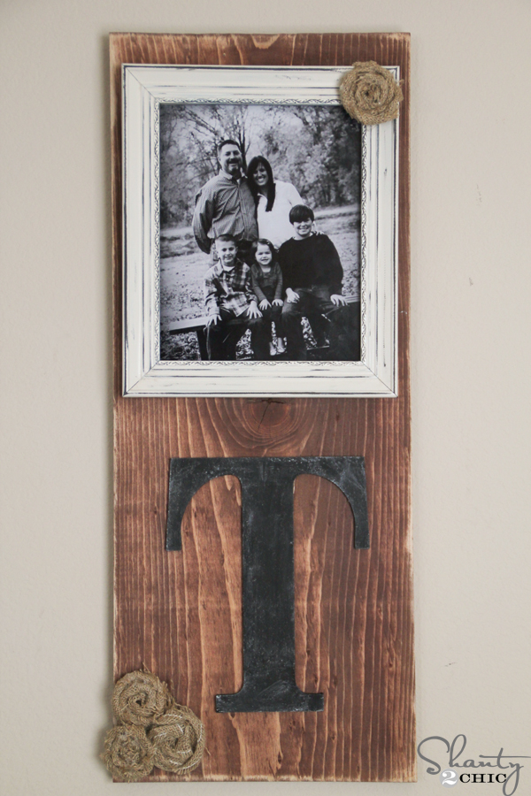 DIY Picture Frame - Shanty 2 Chic