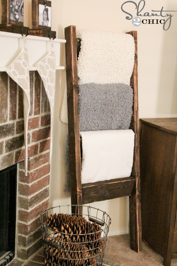 DIY Wooden Blanket Ladder