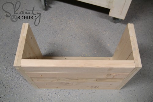 How to build a wood dog bed