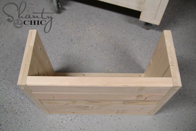 Pdf diy build wooden dog bed download build adirondack for Build a dog bed