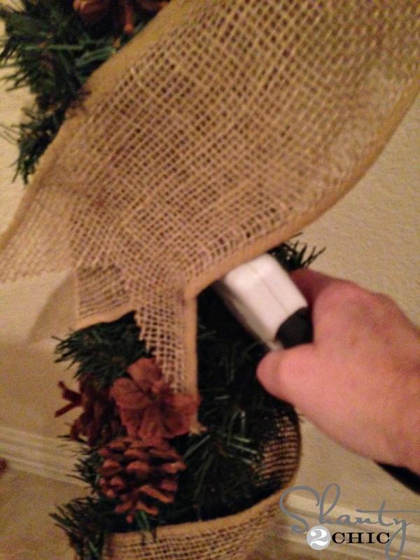 attach-twine-to-wreath