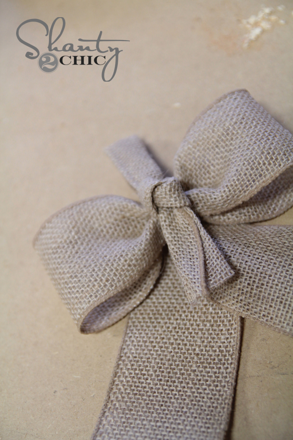 how to make a big bow with burlap ribbon