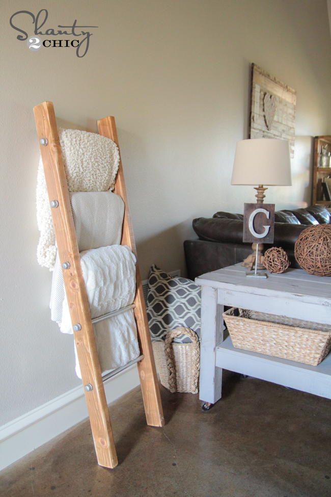 Diy Wood And Metal Pipe Blanket Ladder Shanty 2 Chic