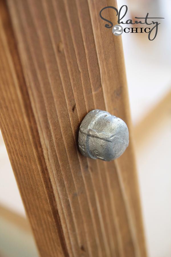 Diy Wood And Metal Pipe Blanket Ladder Shanty 2 Chic