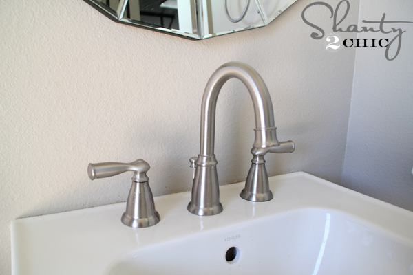 half-bath-2-faucet