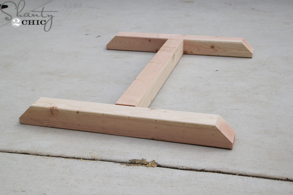 base-with-stretcher