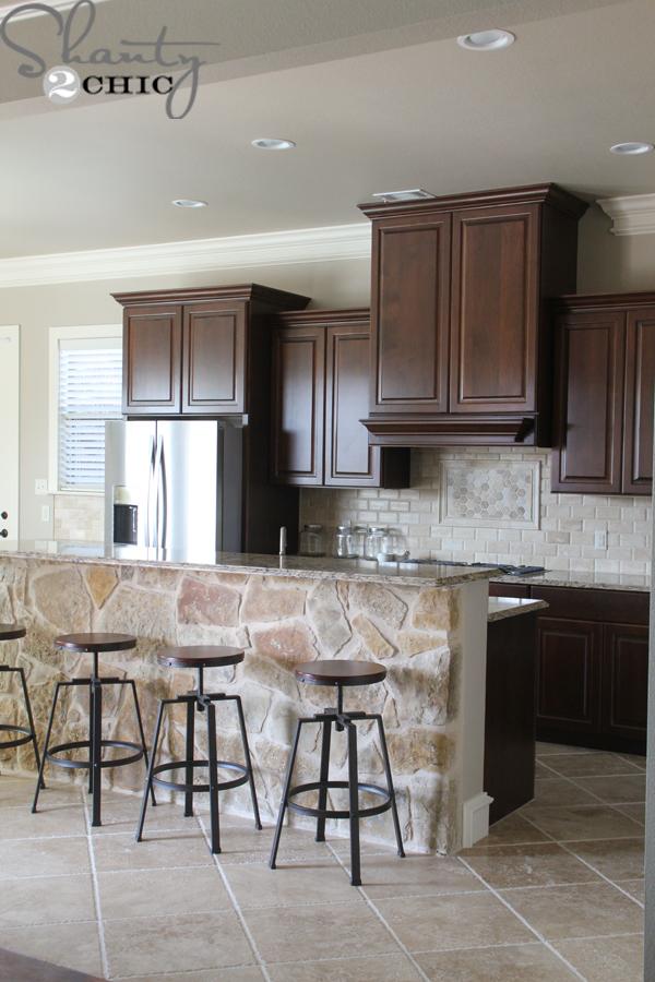 travertine-kitchen-tile