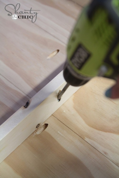 attaching frame to coffee table top