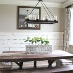 DIY-Distressed-Plank-Wall