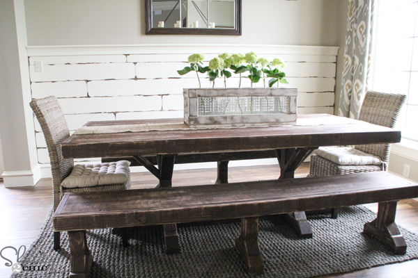 DIY pallet wall Build Your Own Coffee Table Plans