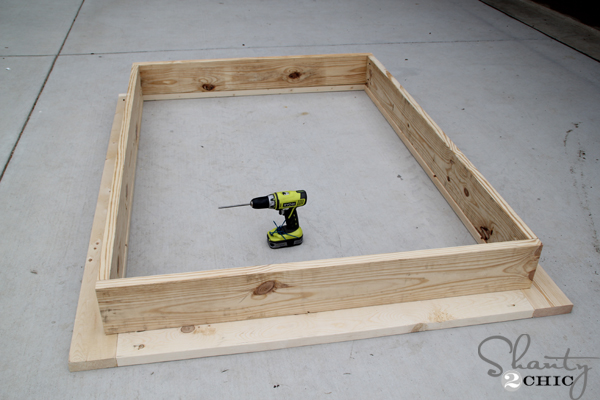 Easy diy platform bed shanty 2 chic for Simple platform deck plans