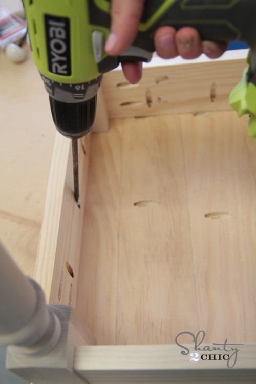 Attaching top to barstool