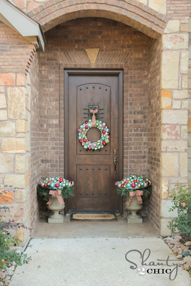 Front Door Christmas Decorating Shanty 2 Chic