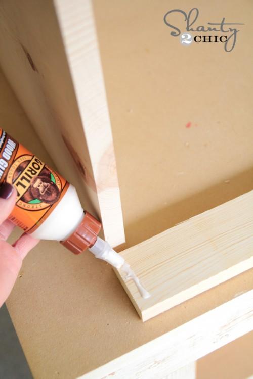 Glue for bookcase
