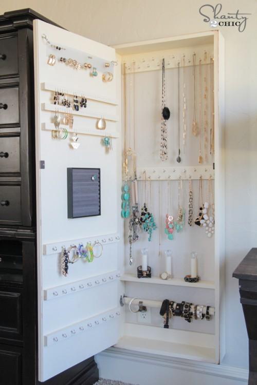 DIY-Jewelry-Storage-Case-500x750