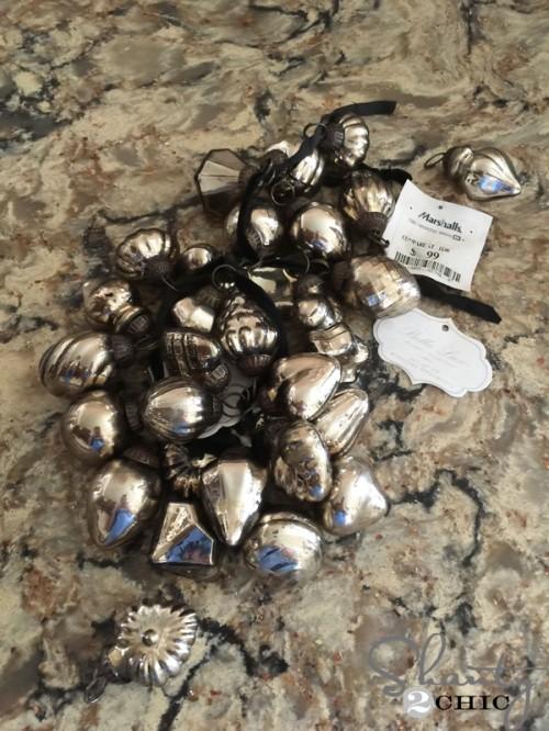 small-ornaments