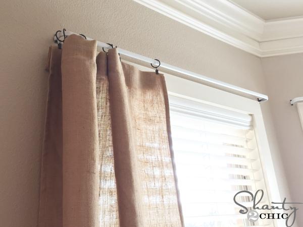 attach-curtain-rod-and-curtains