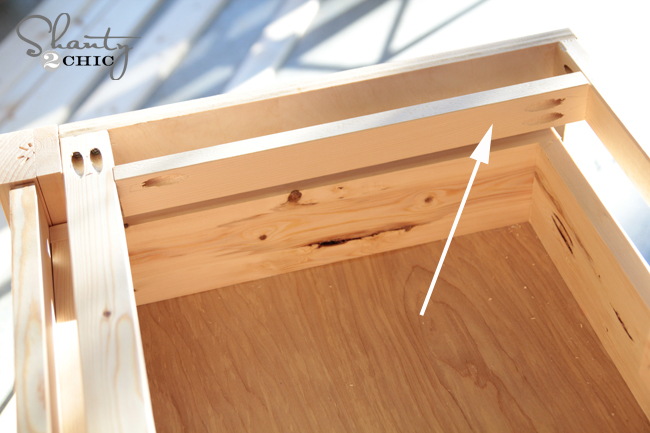 drawer support