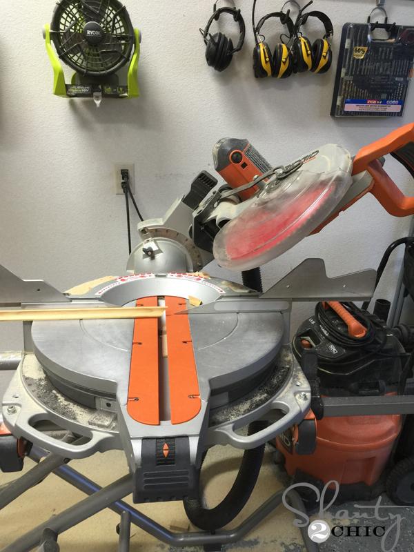 miter-cut-cove-molding