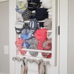 DIY-Scarf-Storage