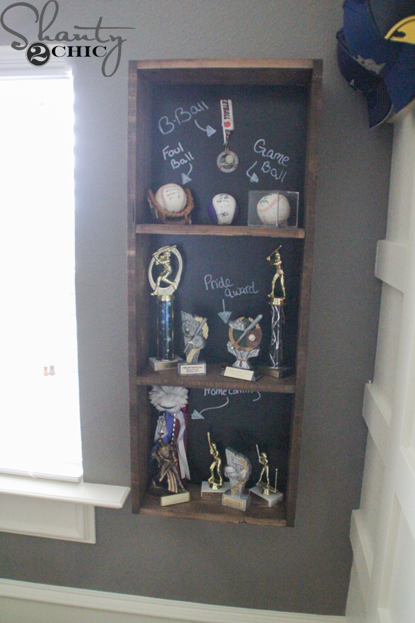 Diy trophy case for a teen boy room shanty 2 chic for Display bedroom ideas