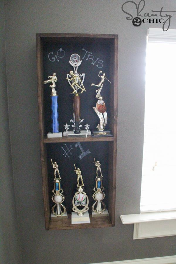 Charmant Trophy Storage Diy