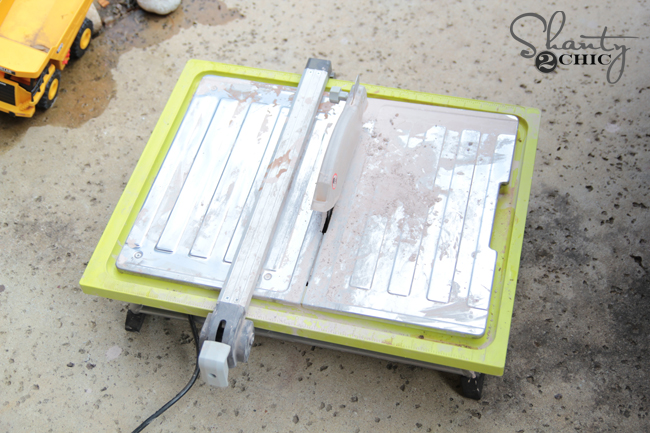 Tile Saw for cutting thin brick