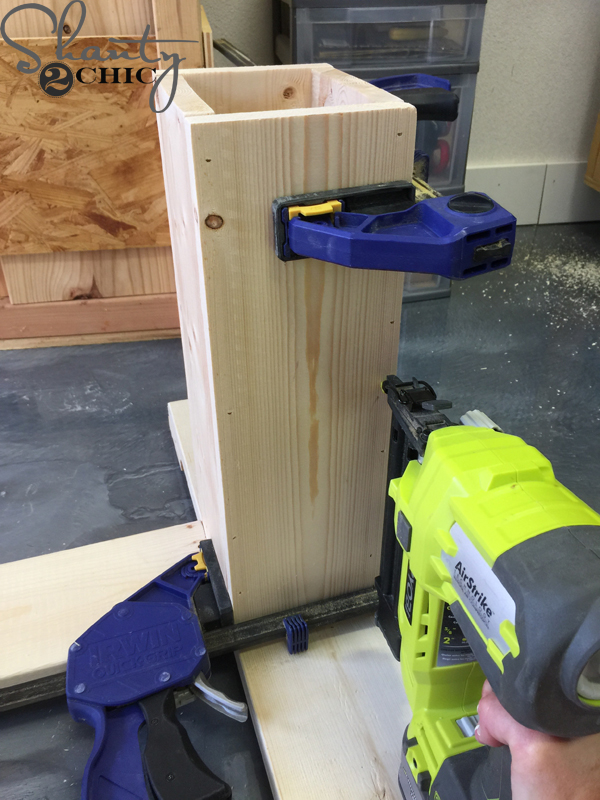 build-legs-for-base