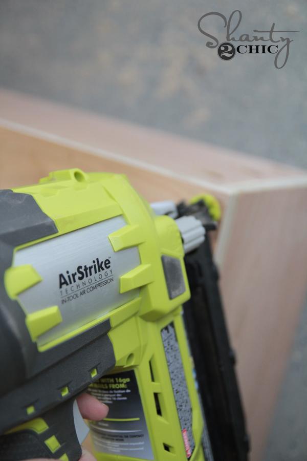Ryobi Airstrike 16g Nailer