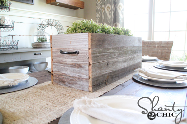barnwood-planter-centerpiece