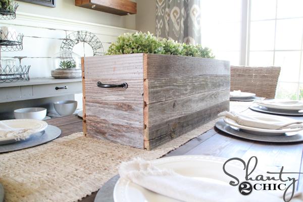barnwood-planter-centerpiece