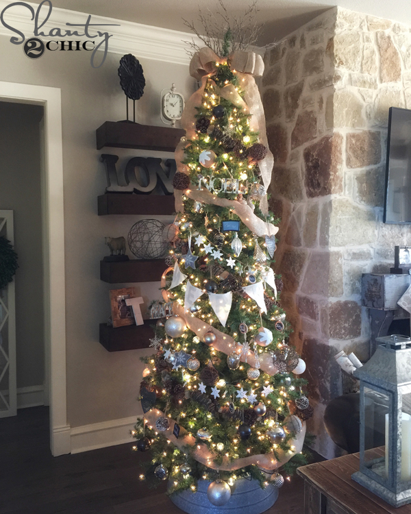 how to decorate a rustic christmas tree