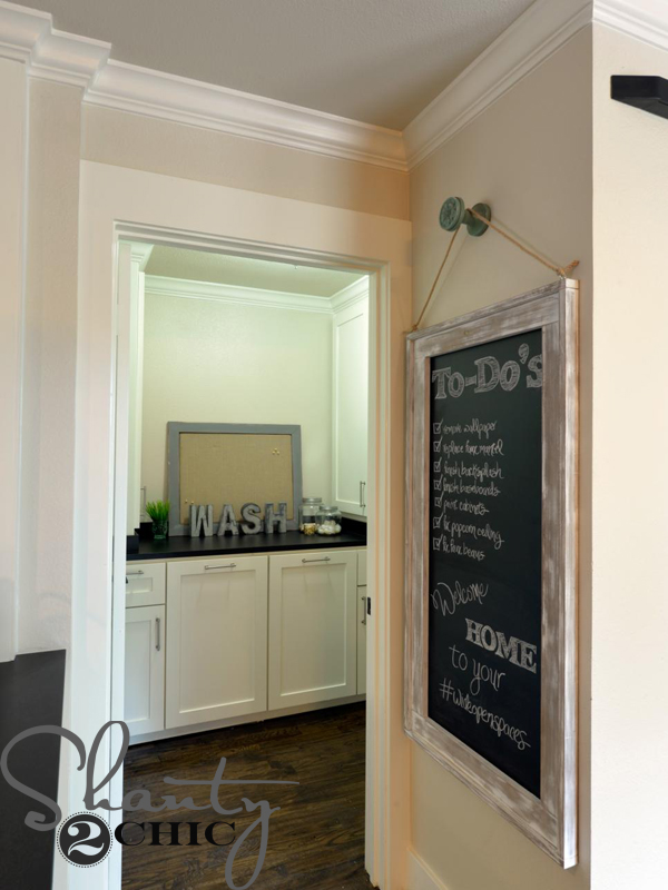 DIY-Hanging-Chalkboard