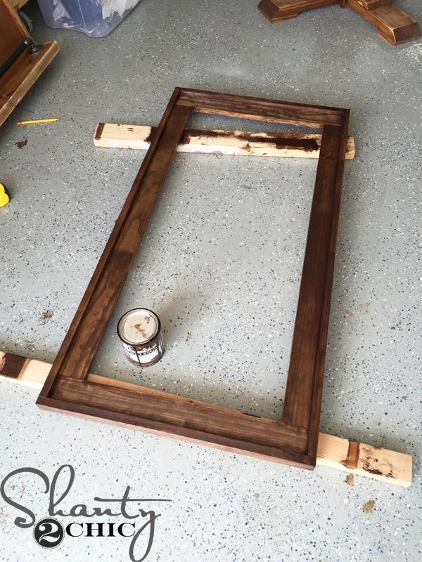 stain-chalkboard-frame