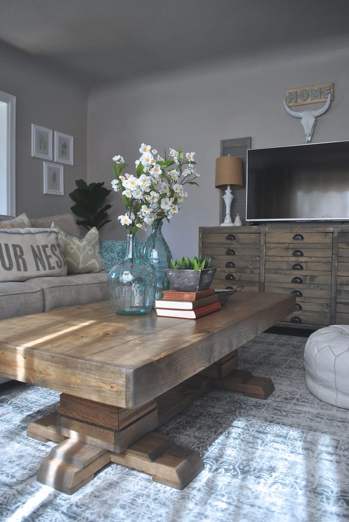 Build An Easy Pedestal Coffee Table - Shanty 2 Chic
