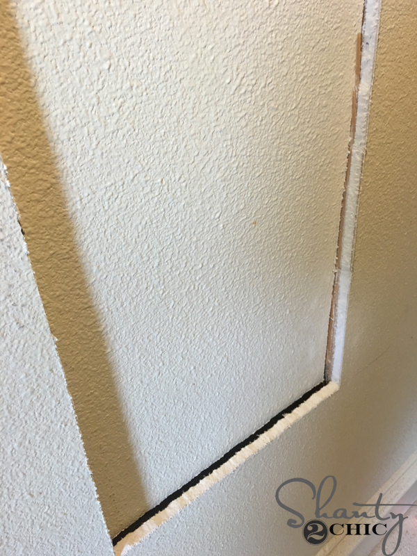cut-hole-in-wall