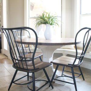 DIY-Round-Kitchen-Table