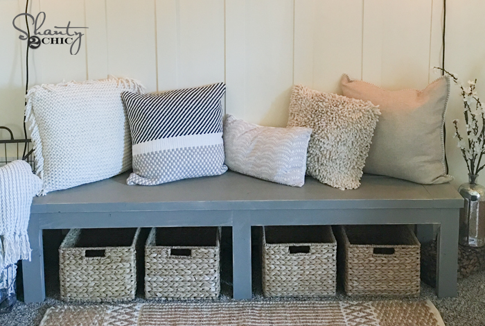 $25 DIY Farmhouse Bench