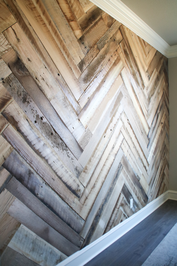 Old Barn Wood: Selling Old Barn Wood