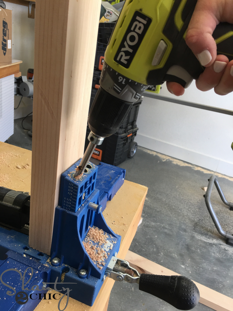 DIY Farmhouse Club Chair - pocket hole jig