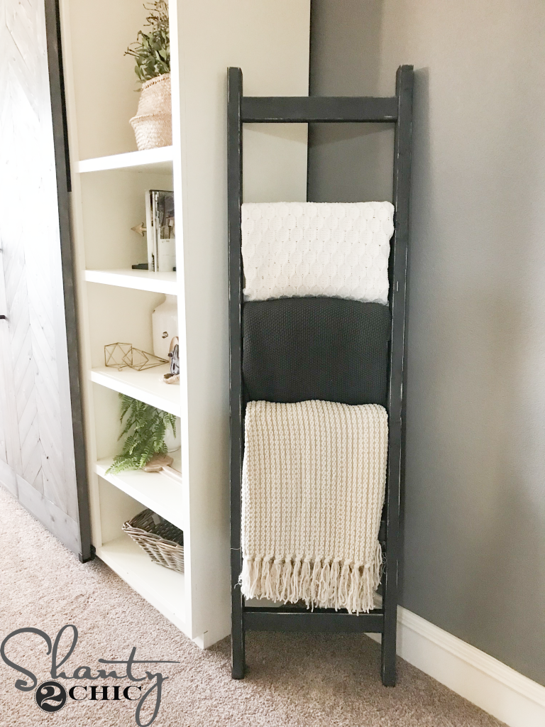 diy 7 rustic blanket ladder shanty 2 chic. Black Bedroom Furniture Sets. Home Design Ideas