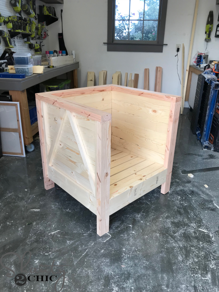 DIY Farmhouse Club Chair - attaching the back slats