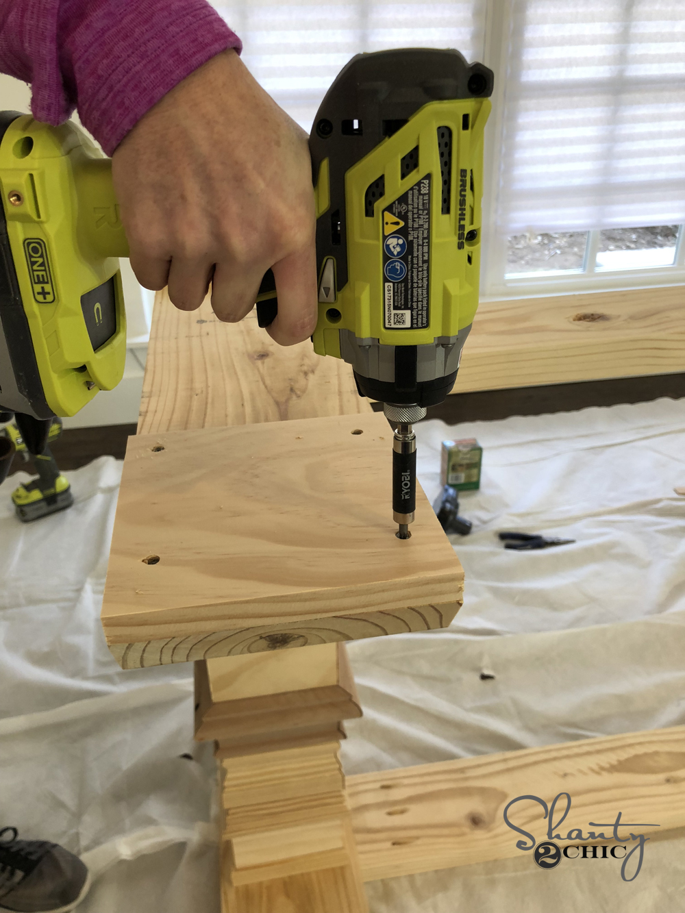 Diy Farmhouse Pedestal Table Free Plans Amp Video Tutorial
