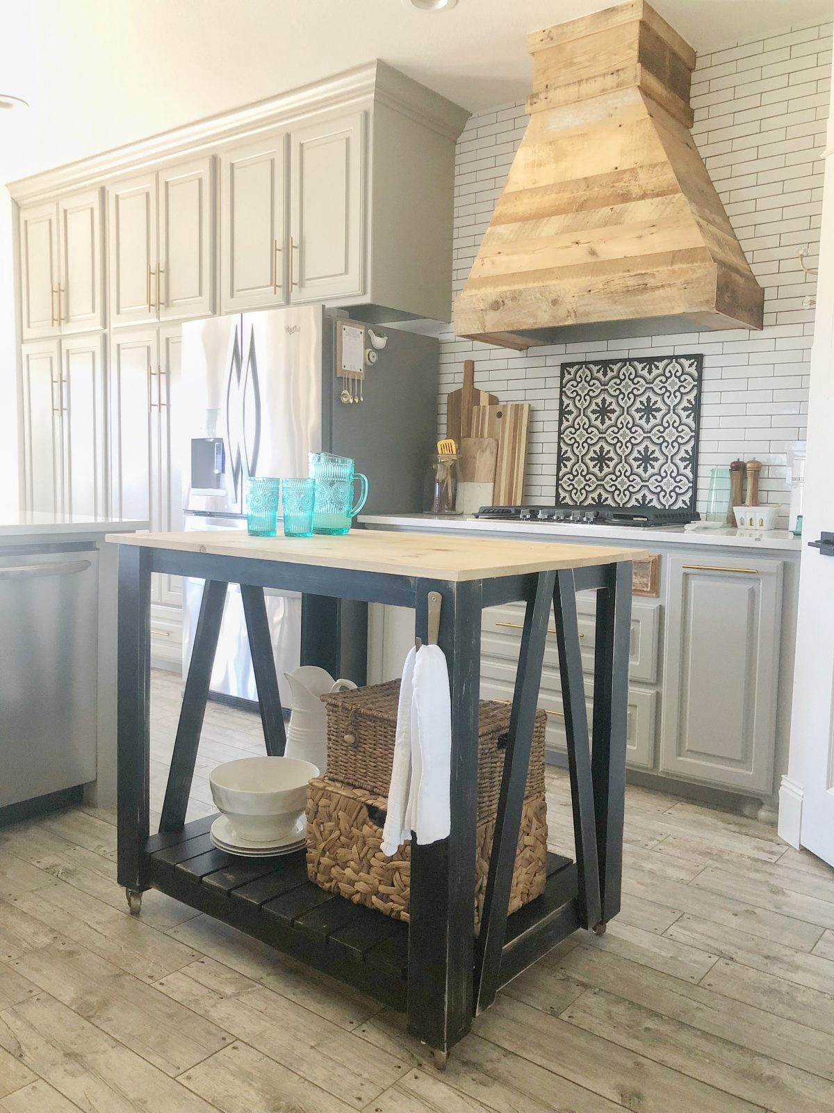 DIY Modern Farmhouse Kitchen Island Cart Shanty Chic - Farmhouse kitchen island for sale