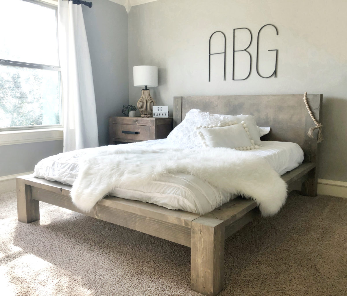 DIY Rustic Modern Queen Bed   Shanty 2 Chic